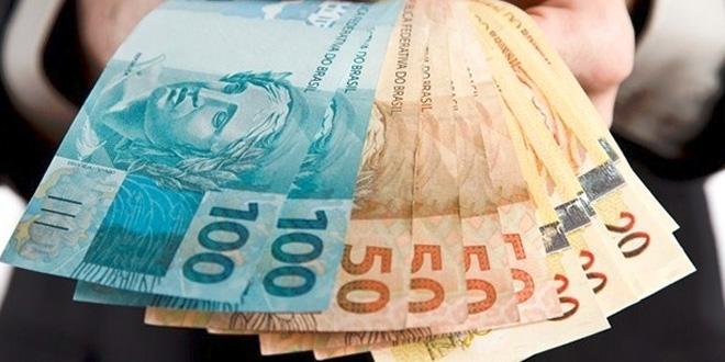 Antecipação da primeira parcela do 13º salário para aposentados e pensionistas do INSS começa a ser paga em agosto
