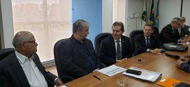 Paulinho da Força e Miguel Torres debatem reforma sindical com dirigentes do FST