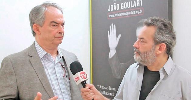 RELAÇÃO ENTRE DEMOCRACIA E GANHOS